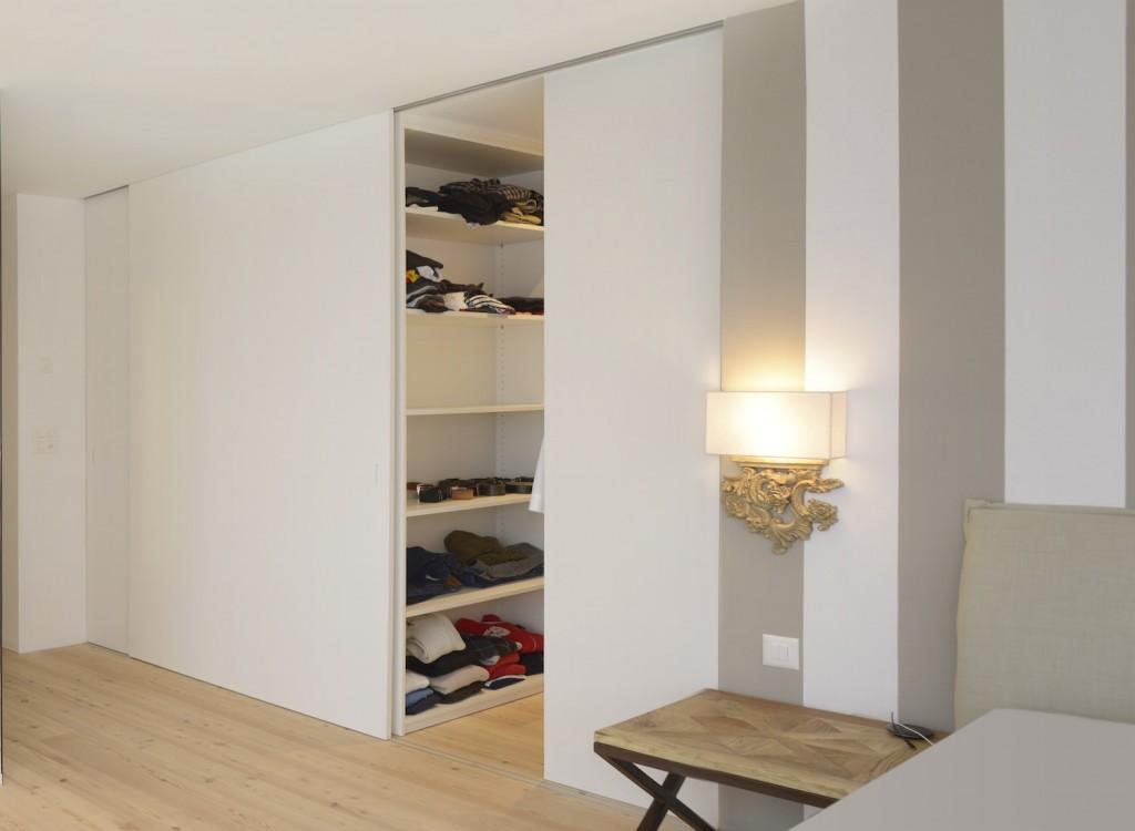 begehbare schr nke schreinerei sauter schreinerei sauter. Black Bedroom Furniture Sets. Home Design Ideas